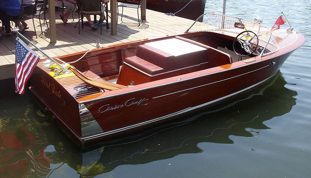 2014-Classic-Boat-Show-14-1000-FirstDate