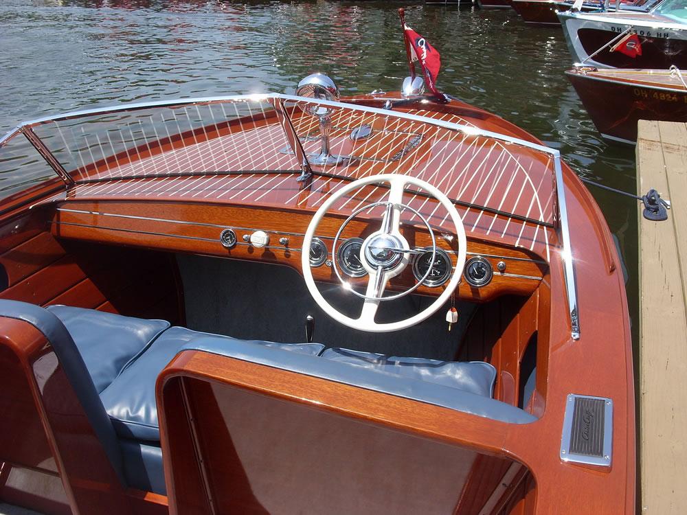 2014-Classic-Boat-Show-15-1000