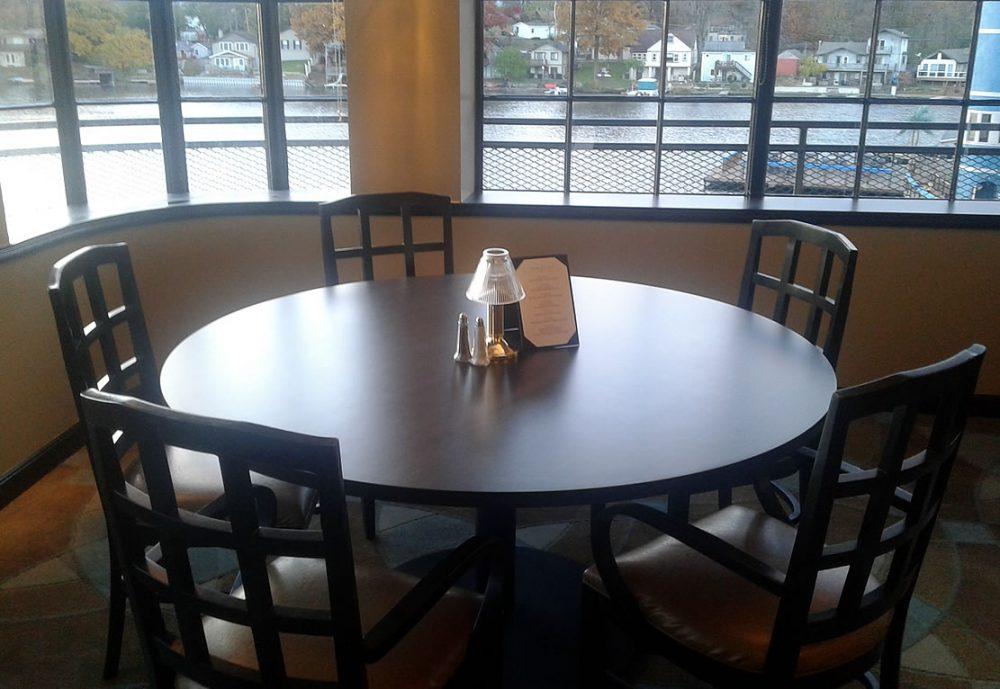 Table 530 at Picks PLX